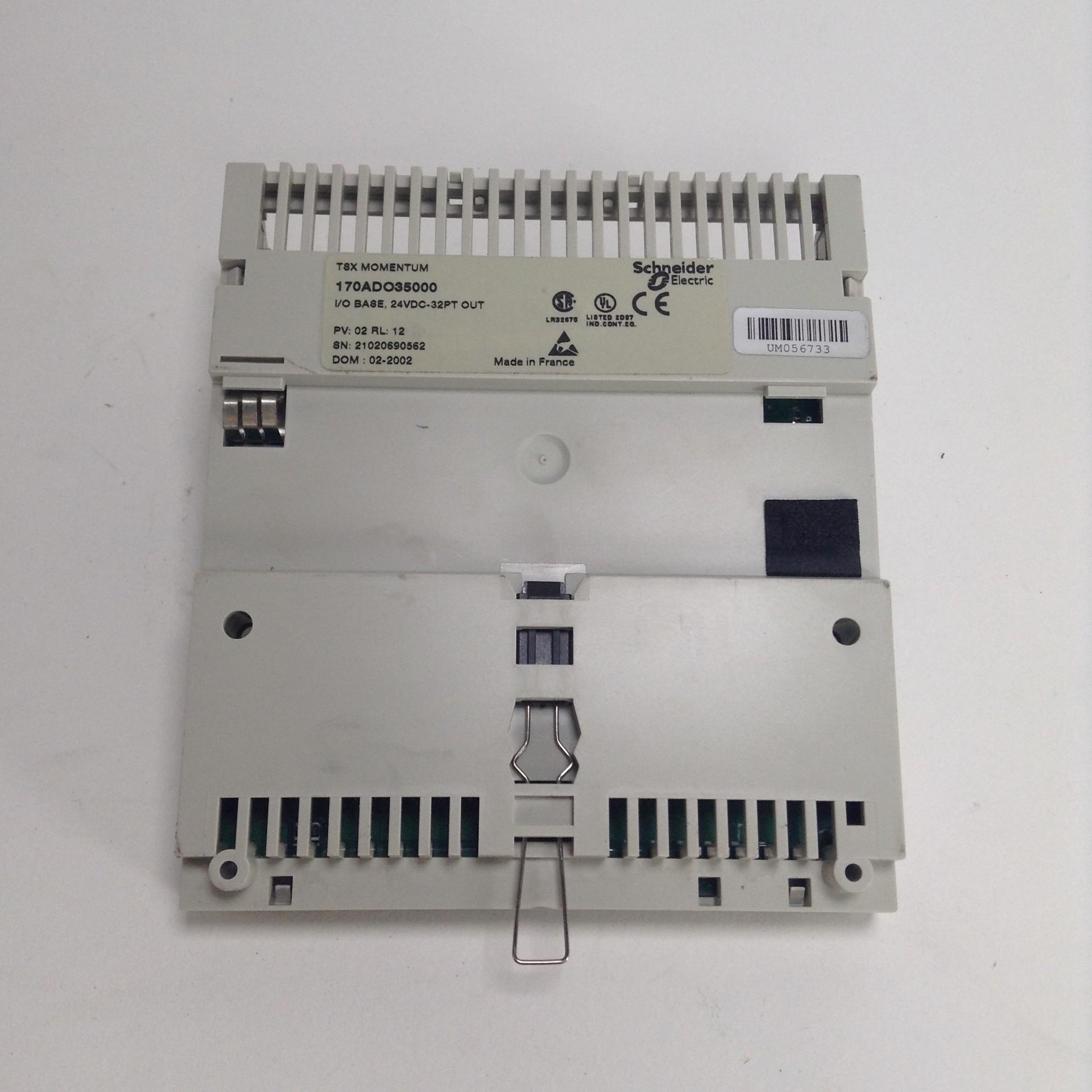 Schneider TSX Momentum I//O Base   170ADI35000  USED