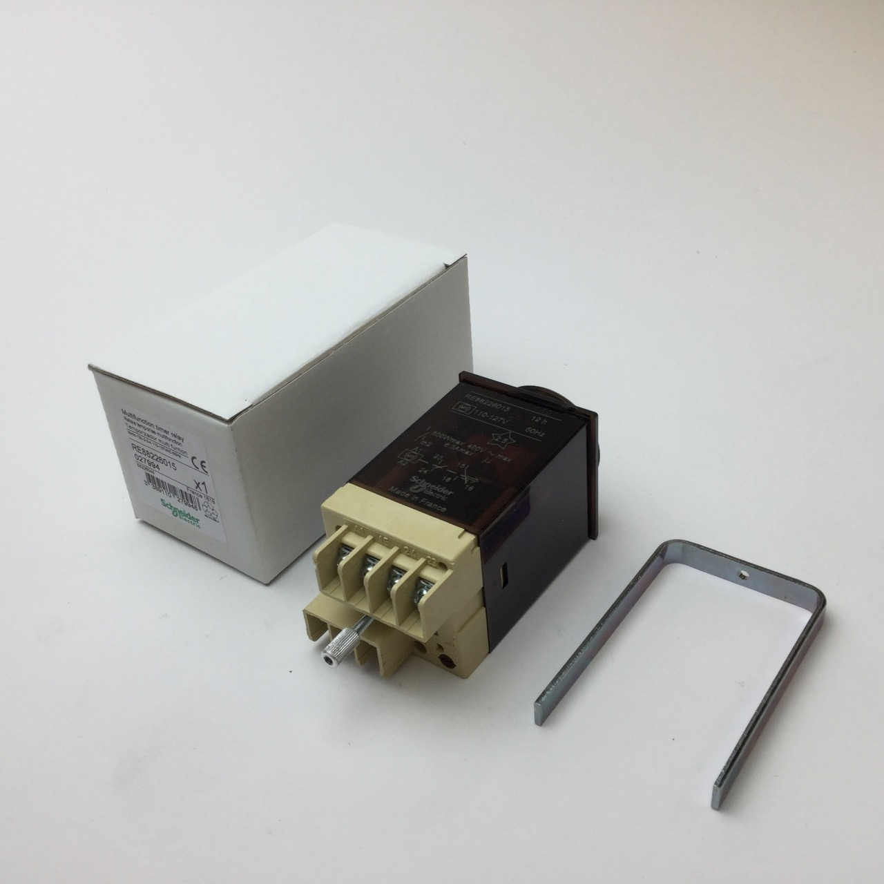 Schneider Electric RE88226015 Electromechanical timing relay New NFP 2